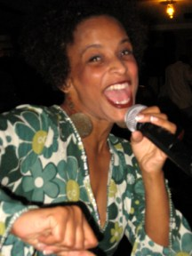 Ajuana Black performs at Soft Notes Jan. 16. – Photo: Wanda Sabir