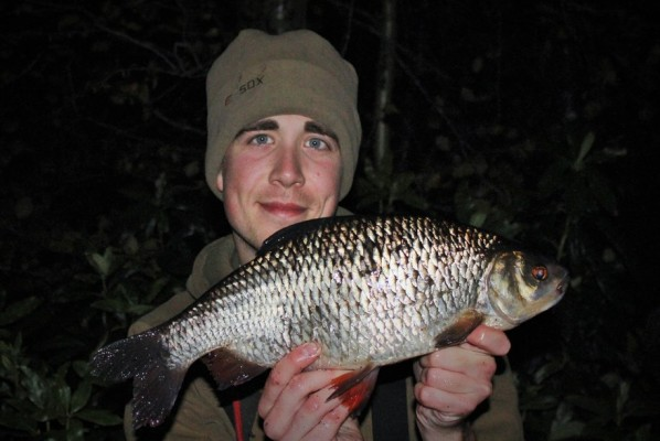 rsz_james_champkin_2lb_11oz_roach1