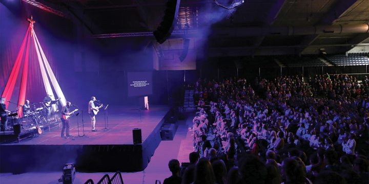 Youth conference draws hundreds to Brookings