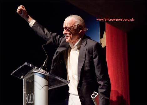 Stan Lee accepts the Lifetime Achievement Award