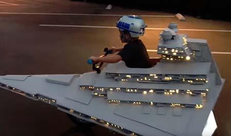 Star Wars: Star Destroyer Halloween costume wins - just wins.