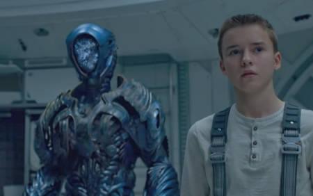 Lost in Space: Netflix scifi TV series, final season (trailer).