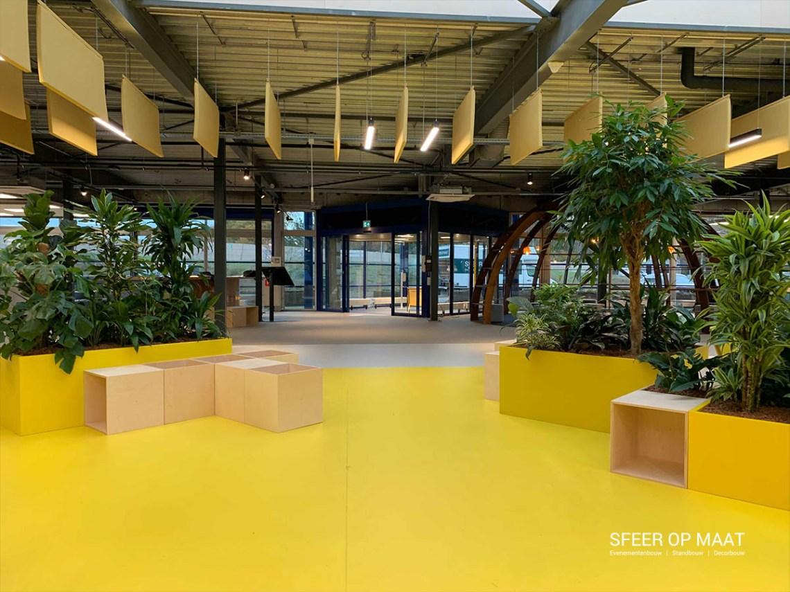 Heijmans Rosmalen Lounge van modulaire kubussen met planten