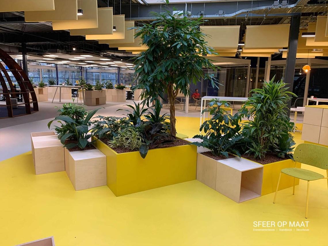 Heijmans Lounge van modulaire kubussen met groen