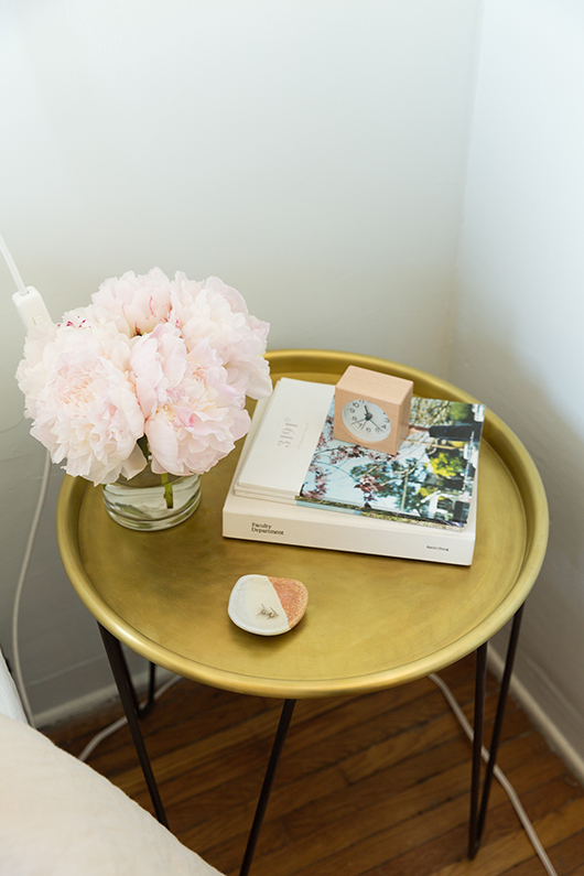 gold and pink bedroom decor / sfgirlbybay