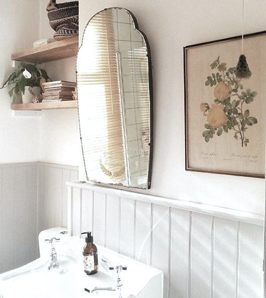 bathroom with vintage vanity mirror / sfgirlbybay