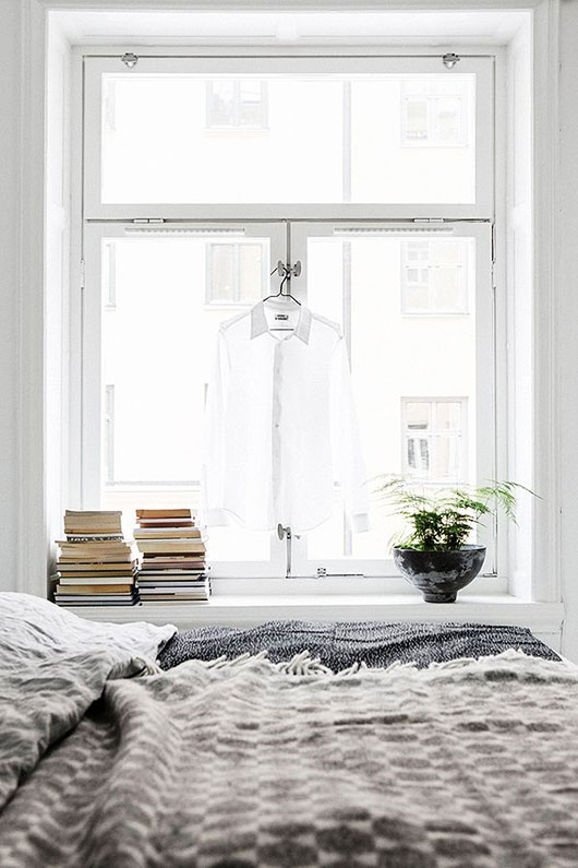 cozy bedroom expertly styled by fantastic frank / sfgirlbybay