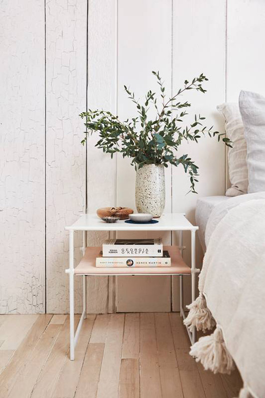 small white and pink bedside table / sfgirlbybay