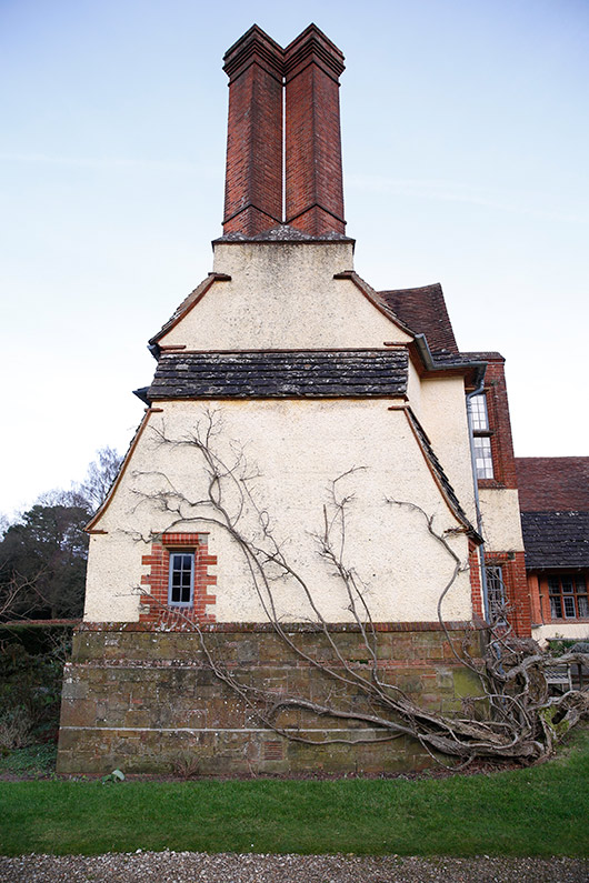 retreat at goddards house in surrey. / sfgirlbybay