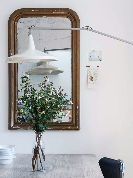 unique vintage mirror and lamp / sfgirlbybay