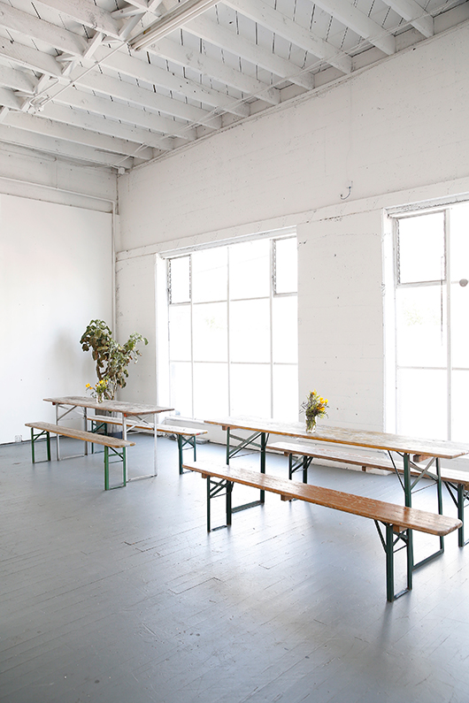 long tables for co-working at mod in san francisco. / sfgirlbybay
