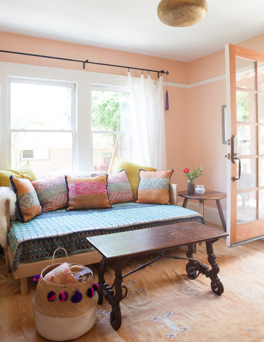 colorful home furnishings and decor in modern oakland home / sfgirlbybay