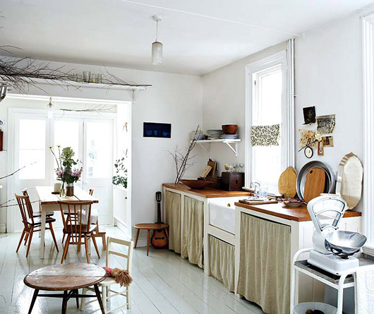 modern victorian kitchen decor via mi casa magazine / sfgirlbybay