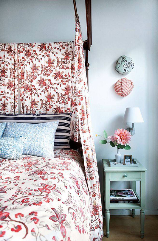 colorful bedroom decor inspiration via artist kate shelter's home tour in domino. / sfgirlbybay