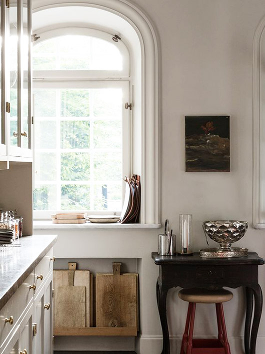 arched kitchen windows / sfgirlbybay