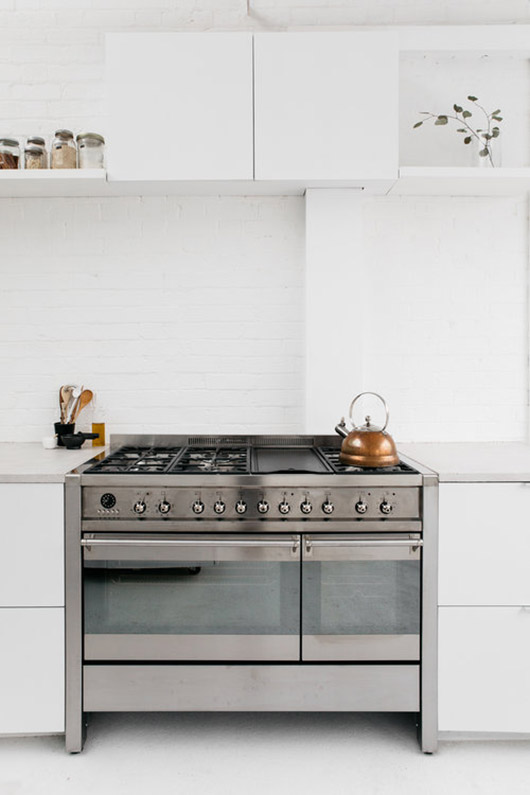 kitchen stove at rye london. / sfgirlbybay