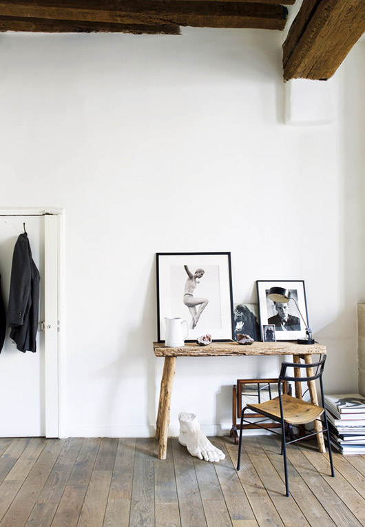 minimalist apartment of Photographer Matthew Brookes. / sfgirlbybay