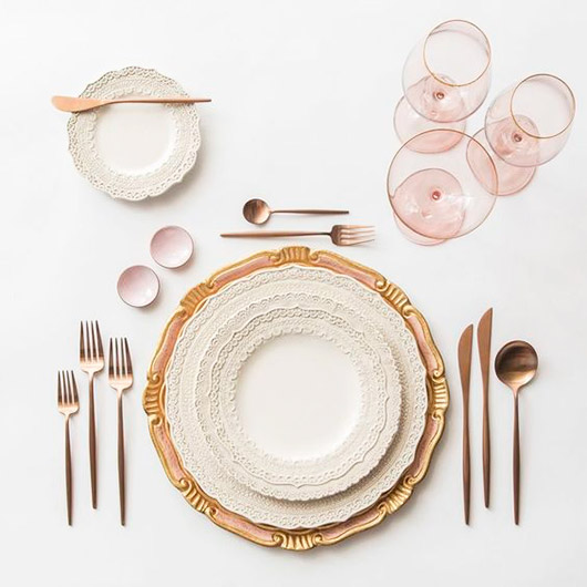 pale pink and gold valentine's day dinner settings inspiration. / sfgirlbybay