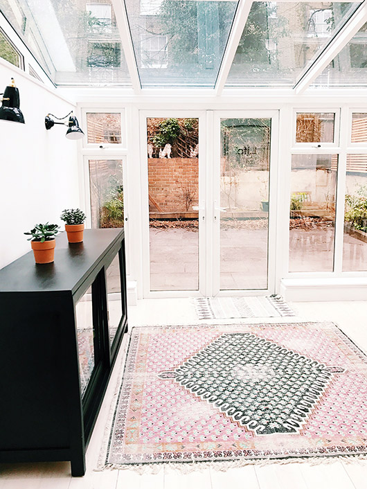 airbnb accommodation in london. / sfgirlbybay