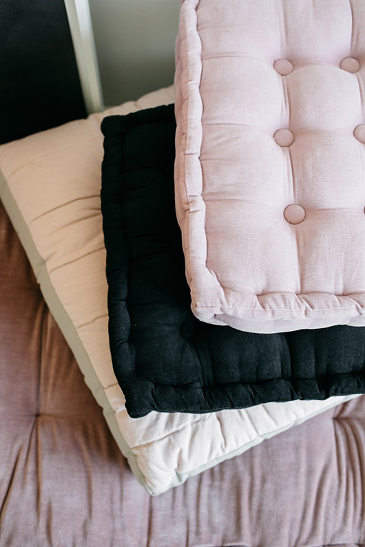 solid floor cushions from urban outfitters. / sfgirlbybay