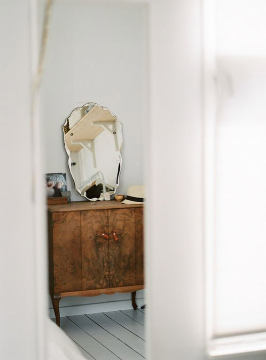 vintage mirror on vanity. / sfgirlbybay