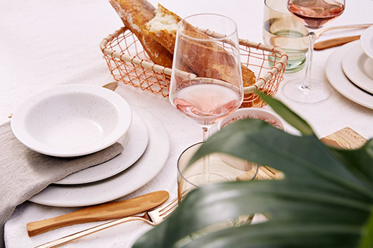 speckled white dishes created by amy hamley. / sfgirlbybay