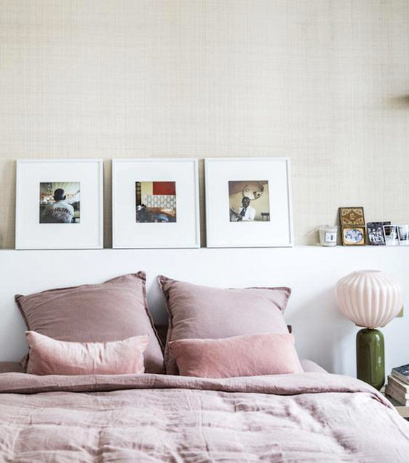pink bedding and pink and green vintage lamp in bedroom. / sfgirlbybay