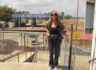 Amber Lyon at Mexico Border