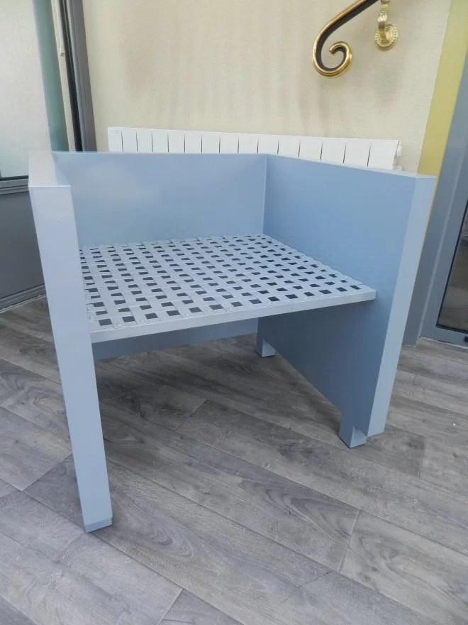 Fabrication de meubles en metal sur-mesure