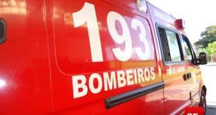 Ambulância do Corpo de Bombeiros foto Vinnicius Cremonez 2