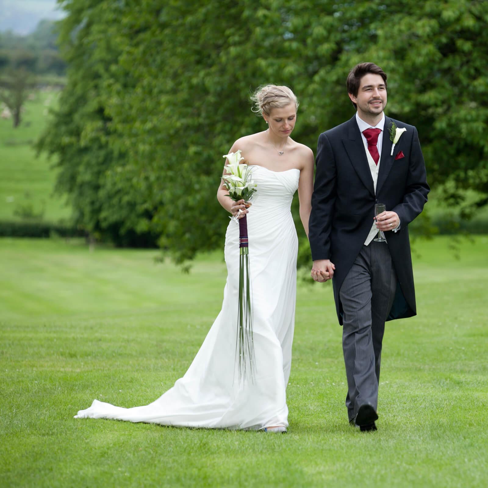 Warwickshire-wedding-photographer-Ettington-Park-Hotel-4