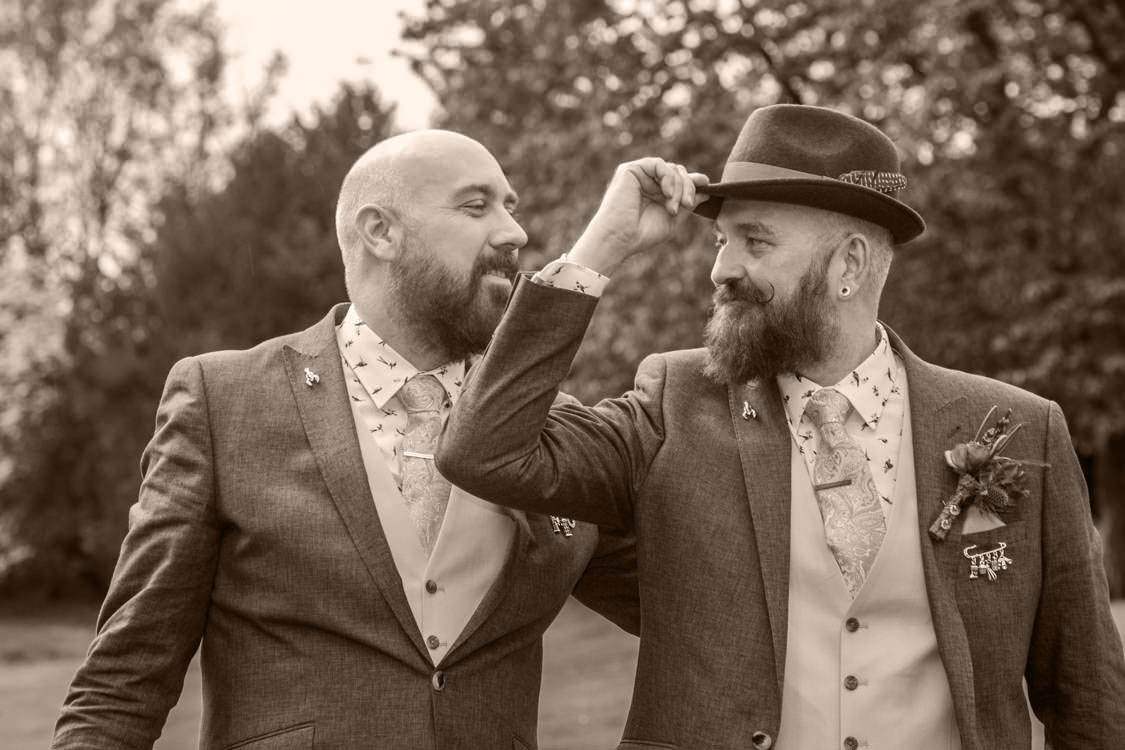 gay-wedding-photography-41_mini_mini-2