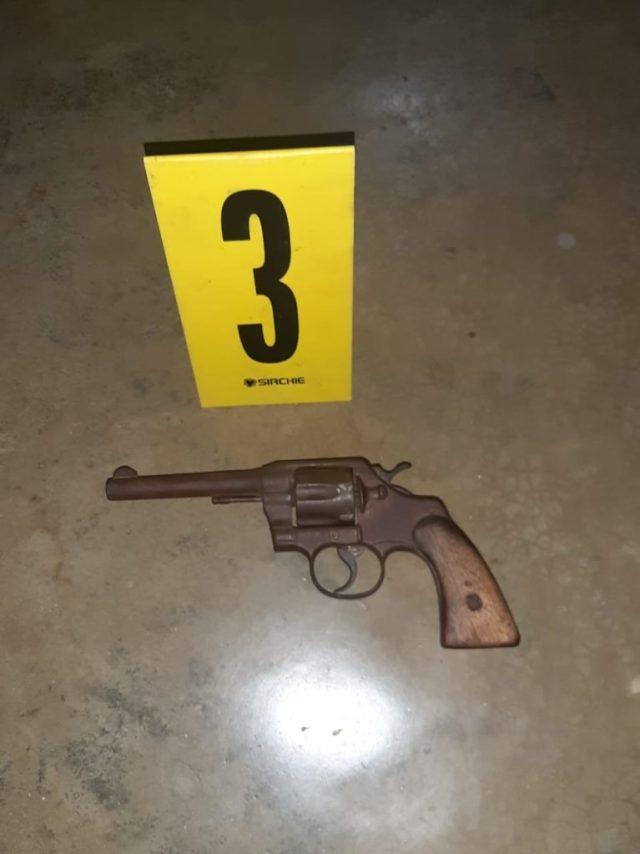 Revolver 2