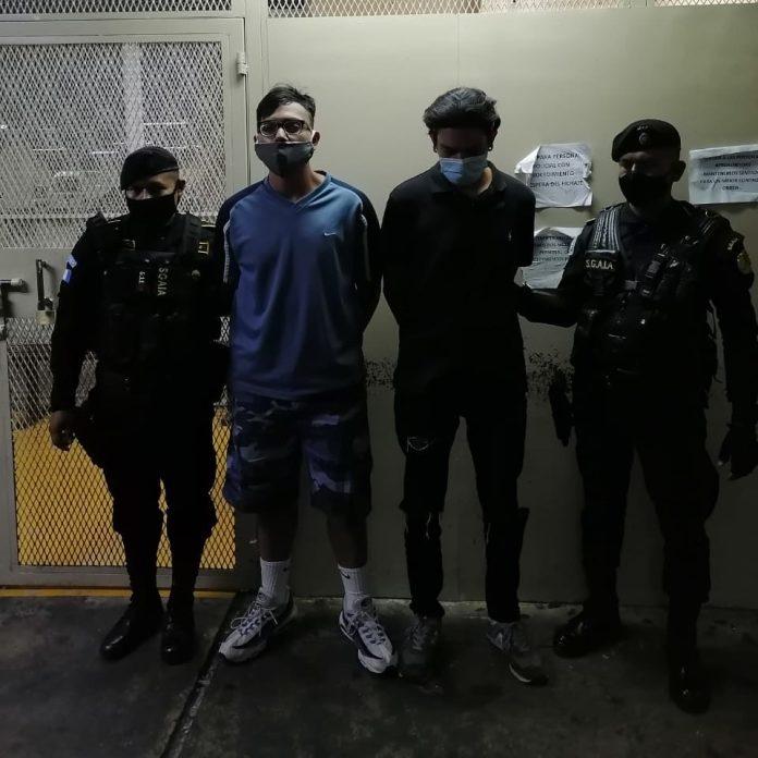 Presuntos distribuidores de droga detenidos