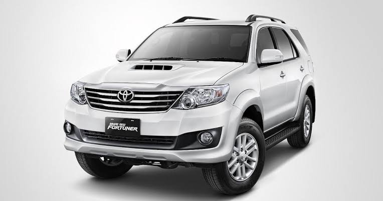Toyota Fortuner VNT Turbo Car Mod for BUSSID