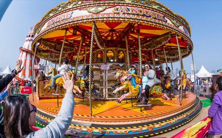 Christmas-Wonderland-carousel