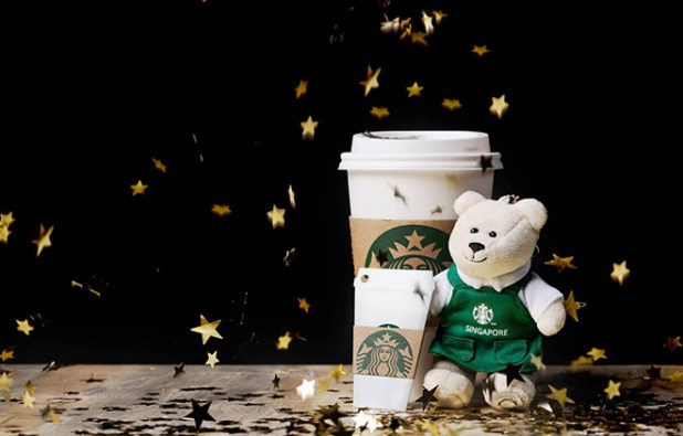 Bearista-keychain-and-a-limited-edition-Starbucks-White-Cup-Card