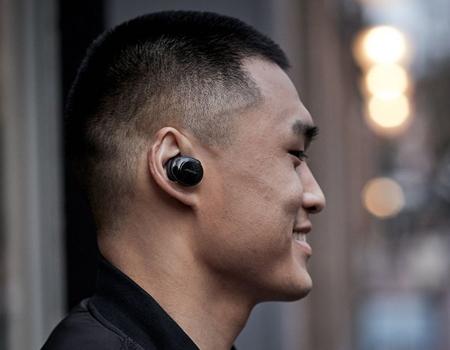 2-soundsport-free-truly-wireless-sport-headphones-black
