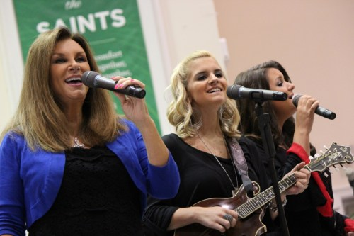 Kelly Nelon Clark and The Nelons (Jason Clark not in picture)