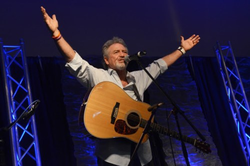 LARRY GATLIN MAKES SURPRISE APPEARANCE AT NQC 2015