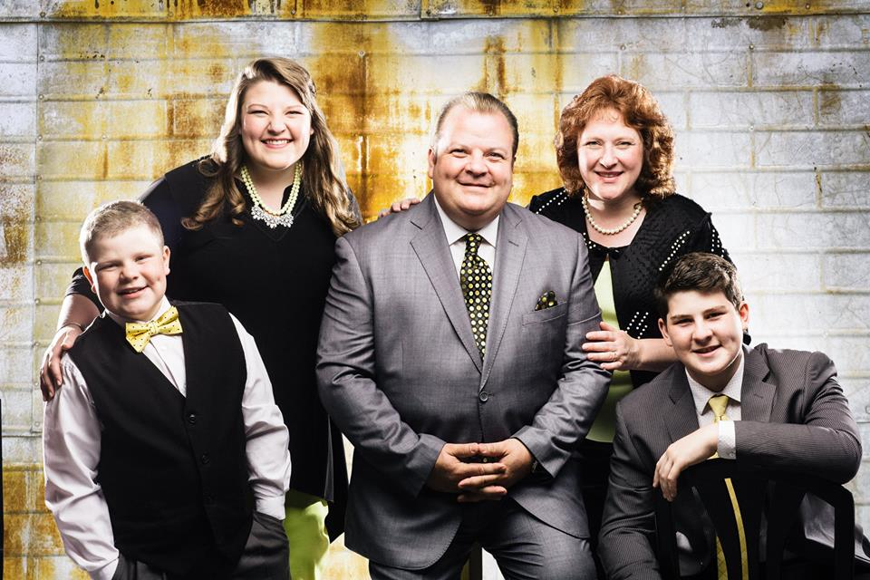Song Garden Music Group is thrilled to welcome The Mark Dubbeld Family!