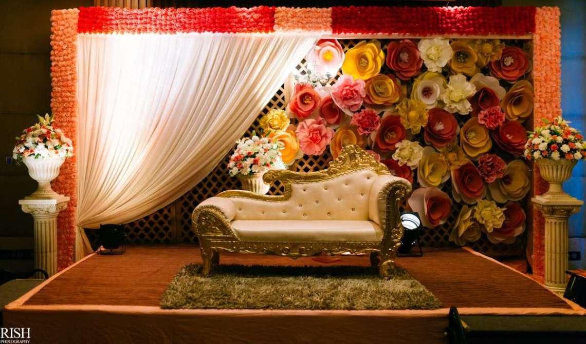 11 Fabulous & Stunning Reception Stage Decoration Ideas ...