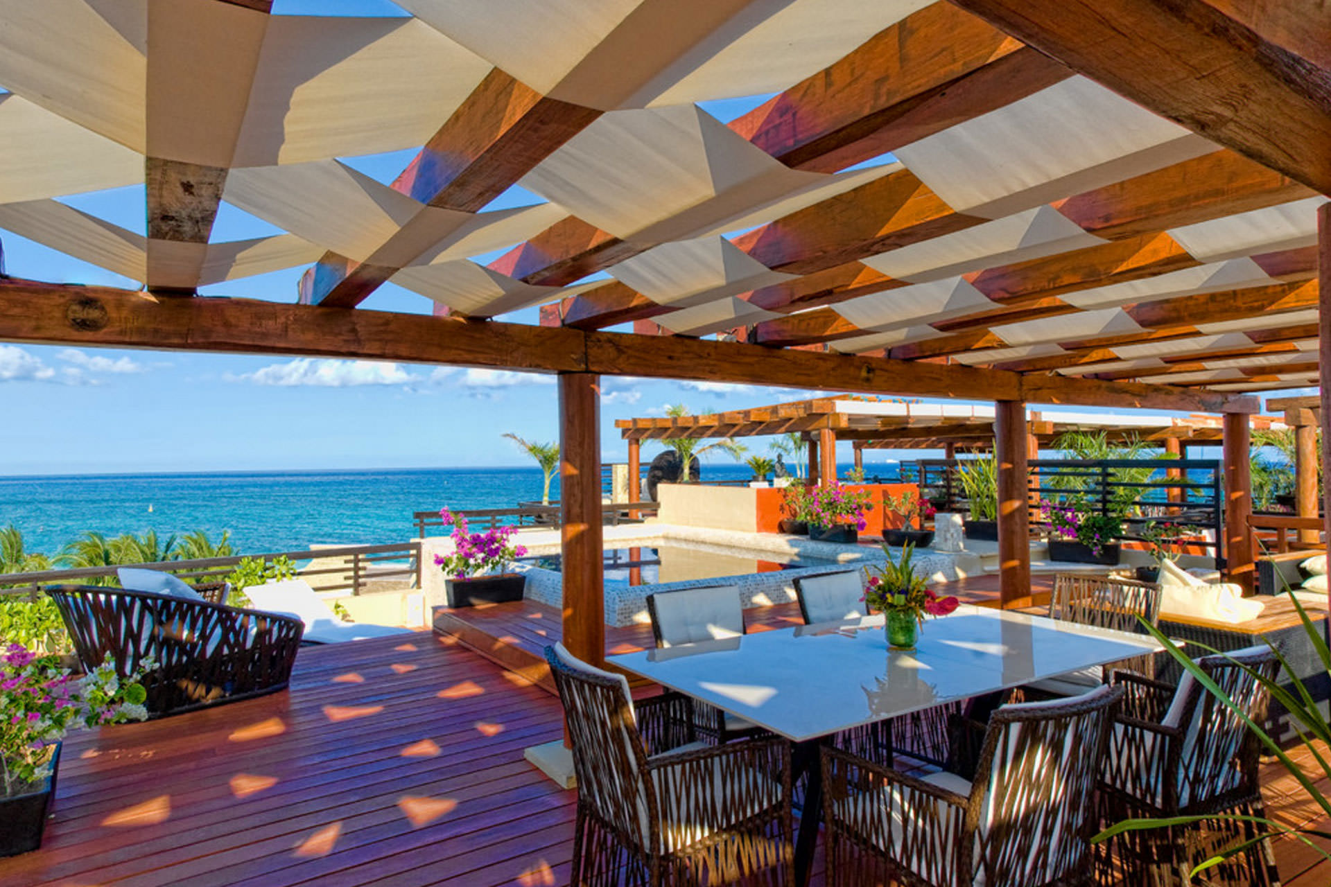 Pergola Shade: Pratical Solutions for Every Outdoor Space on Canvas Sun Shade Pergola id=26223