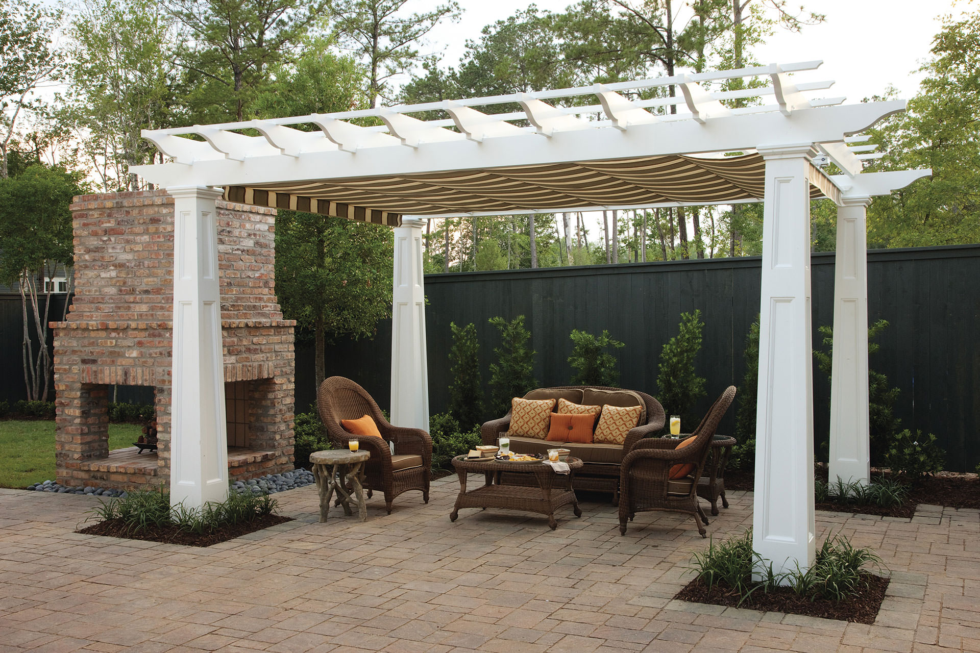 Pergola Shade: Pratical Solutions for Every Outdoor Space on Canvas Sun Shade Pergola id=35031