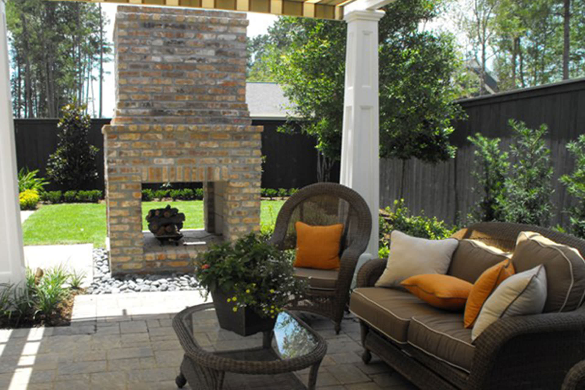 Five Ways to Extend Your Outdoor Living Space Season on Garden Living Space id=11987