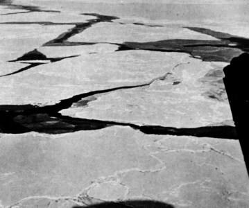 95 лет назад — 12 мая, 01:30 (по Гринвичу) — пролет над Cеверным Gолюсом.