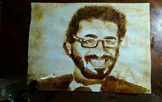 فادي عماد طالب بالمنصورة استغل حبه للقهوة لتعلم فن الرسم