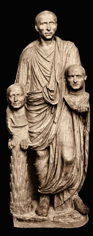 Roman_Patrician_with_two_busts_c10BC