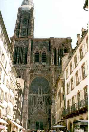 Strasbourg_cathedral_facade