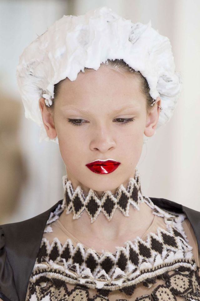 couture beauty AW trends